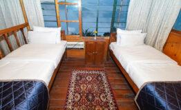Kanchenjunga Suite (9)